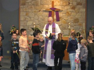 Pastor, palms, kids - website_JG